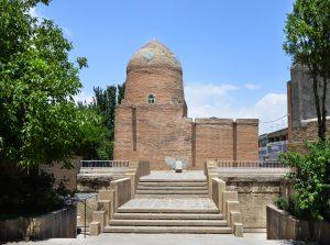 ارامگاه استر و مردخای همدان