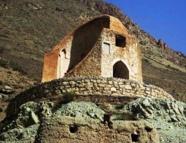 قلعه لاجورد: دیدنی های فیروزکوه