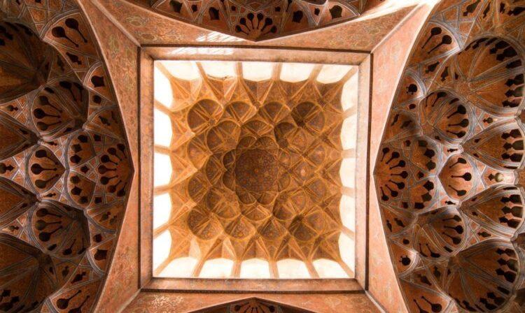 بناهای تاریخی اصفهان جاذبه گردشگری
