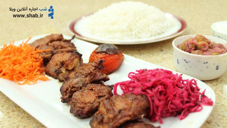 غذاهای محلی گیلانی در رستوران رازقی رشت