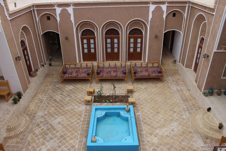 جاذبه های سکونت در اقامتگاه های بومگردی ایران