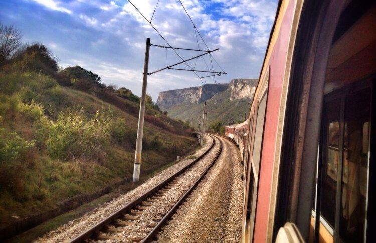 سفر با قطار در تعطیلات نوروز