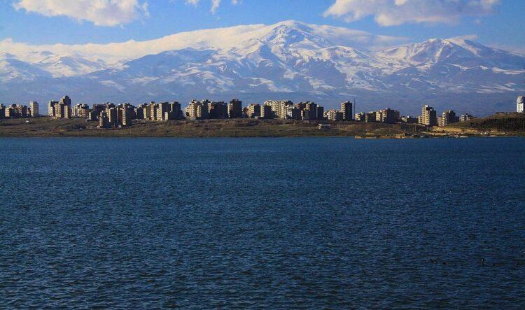 دریاچه شورابیل در اردبیل