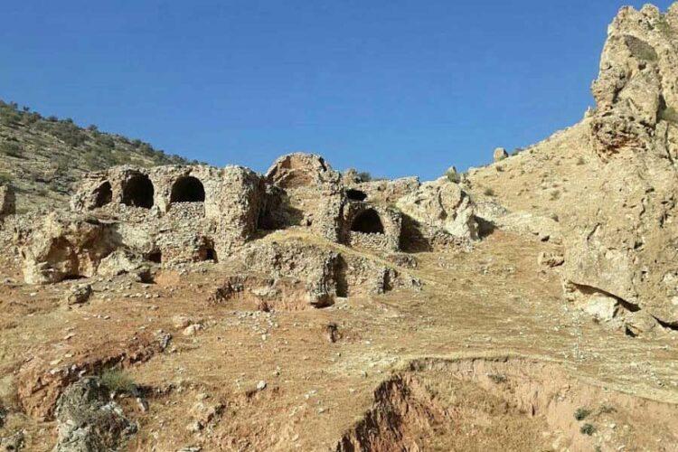 قلعه باستانی سام در منطقه شروان چرادول