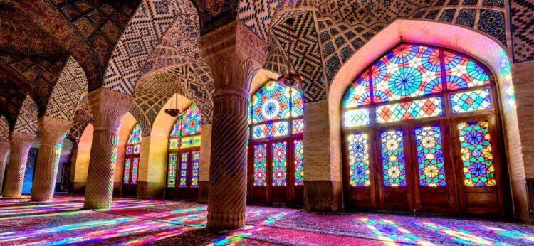 مسجد نصیر الملک- راهنمای سفر به استان فارس