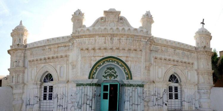 سفر به خوزستان - مسجد رنگونی ها
