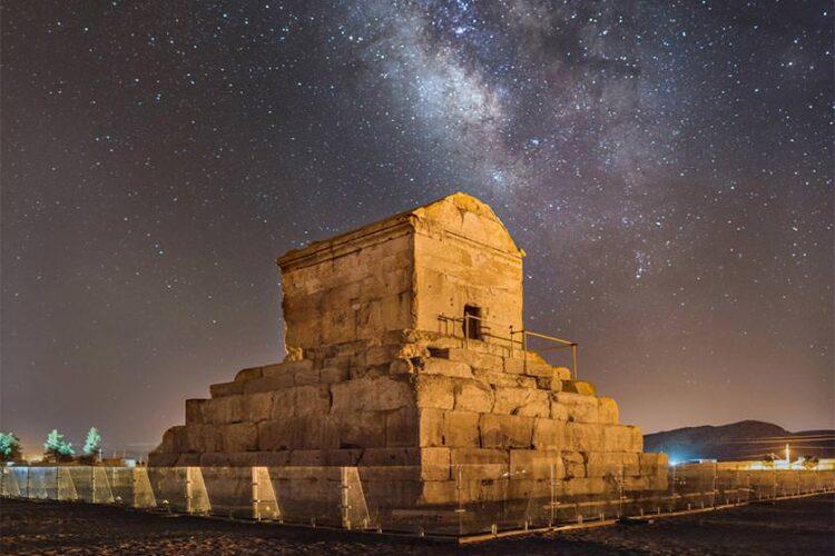 مقبره پاسارگاد شیراز