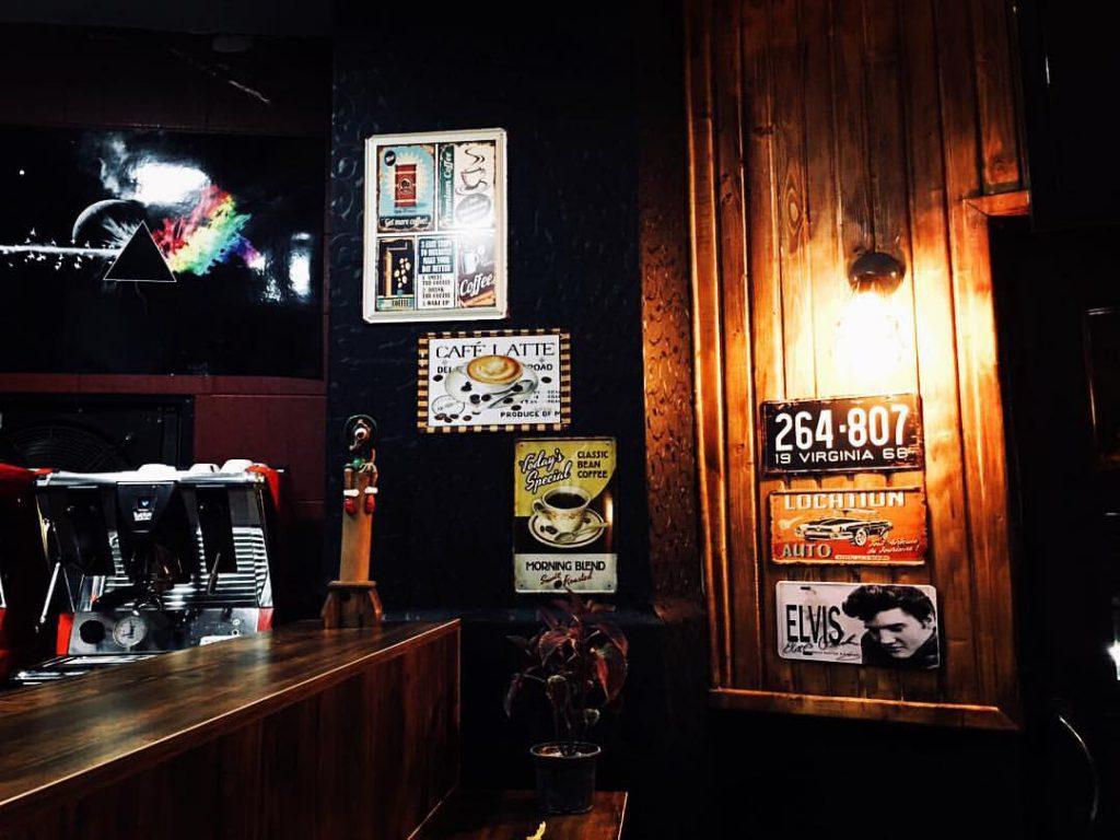 با بهترین کافه های مشهد آشنا شوید!