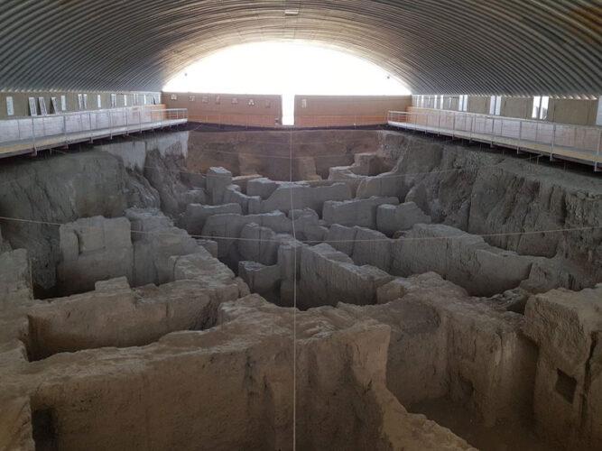 تپه های باستانی هگمتانه در همدان