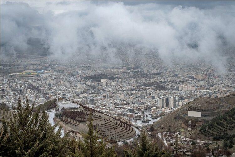 سنندج شهری در میان کوه های کردستان