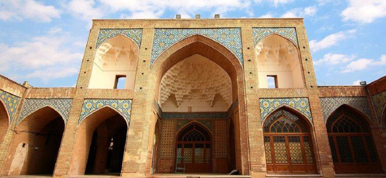 جاذبه های گردشگری اردستان