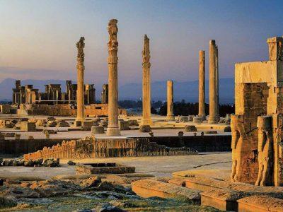 آثار باستانی